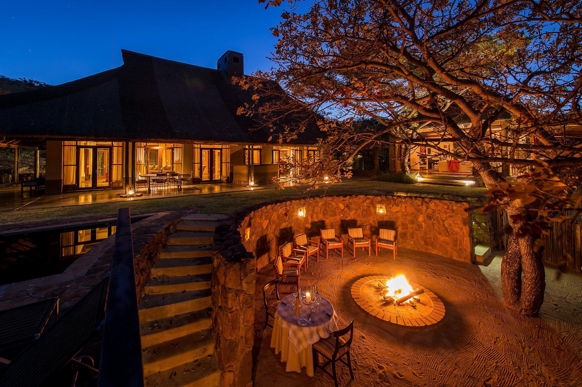 The beautiful Ekuthuleni Lodge in the malaria-free Welgevonden Priivate Game Reserve